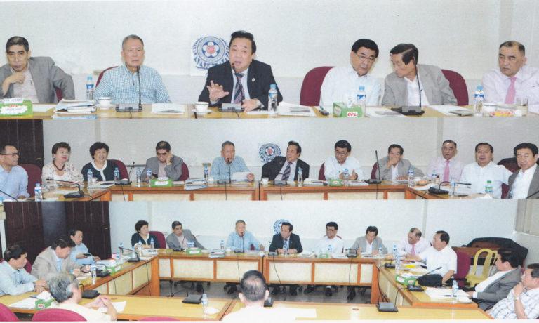 商總邀請李榮美先生 討論菲華文教育前瞻